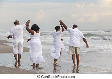 счастливый, старшая, африканец, американская, couples, люди, женщины, на, пляж