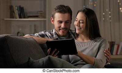 таблетка, videos, наблюдение, пара, ночь, счастливый