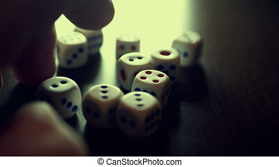 таблица, нажав, игральная кость, палец