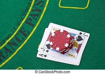 туз, of, hearts, and, блэк джек, with, красный, покер, чипсы