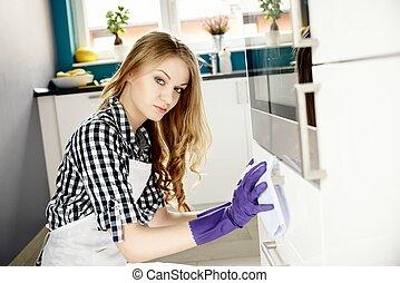 уборщица, cabinets, молодой, кухня