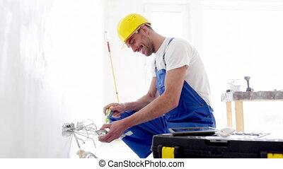 улыбается, строитель, with, таблетка, pc, and, оборудование