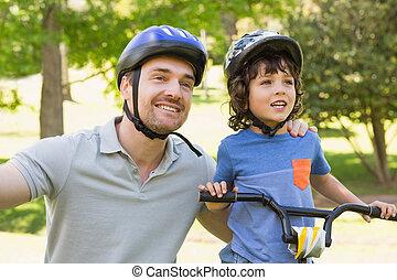 улыбается, человек, with, his, сын, верховая езда, велосипед