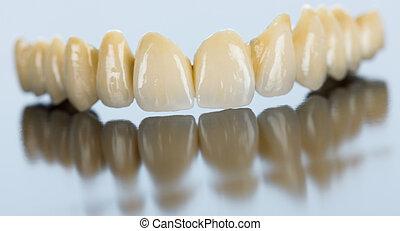 фарфор, зубоврачебный, мост, на, зеркало, поверхность