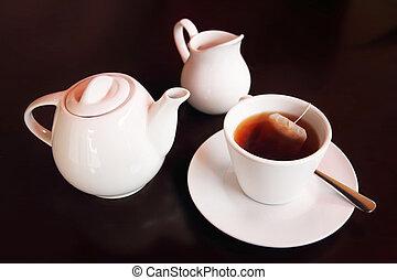 фарфор, чай, задавать