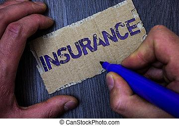 финансовый, текст, знак, маркер, insurance., сообщение, синий, за работой, ideas, background., держа, фото, политика, показ, концептуальный, защита, человек, возмещение, деревянный, потери, картон, против, или