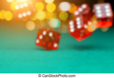 фото, of, заброшенный, playing, красный, игральная кость, на, зеленый, таблица