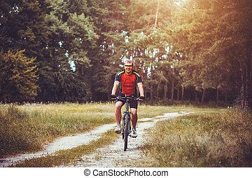 человек, велосипедист, rides, в, , лес, на, , гора, bike.