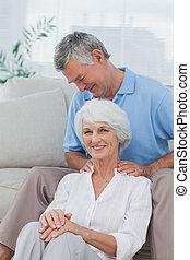 человек, shoulders, wifes, massaging