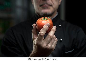 шеф-повар, помидор, держа