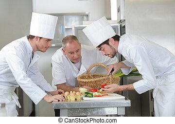 шеф-повар, помидор, preparing, подмастерье