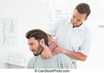 шея, молодой, man's, терапевт, мужской, massaging