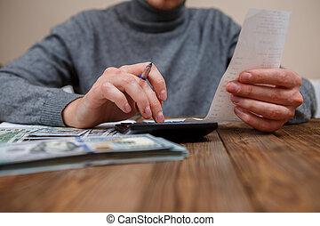 экономия, finances, экономика, and, главная, концепция, -, закрыть, вверх, of, руки, with, калькулятор, counting, деньги, and, изготовление, notes, в, главная