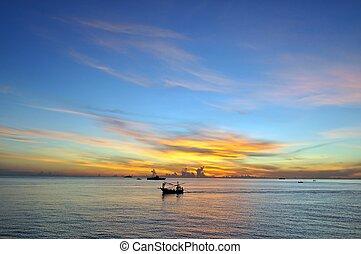אוקינוס, שמיים כחולים, ו, עלית שמש