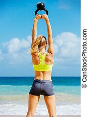 אטרקטיבי, אתלטי, אישה, לעשות, קומקום, פעמון, אימון