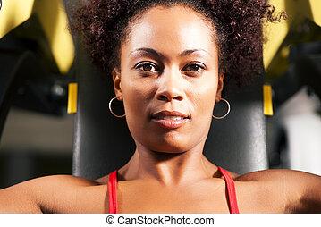 אימון, אולם התעמלות, כושר גופני