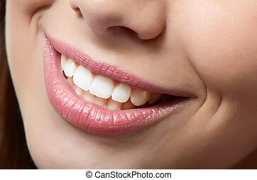 אישה בריאה, שיניים, ו, חייך
