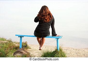 אישה, ספסל