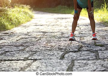 אישה, עייף, רץ, לקחת, קשה, נוח, שביל רץ, יער, אחרי