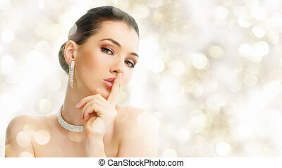 אישה, תכשיטים