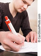 איש צעיר, לכתוב