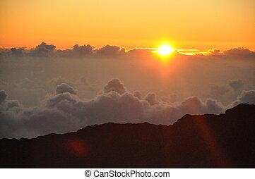 האלאיקאלה, עלית שמש, ב, הוואי