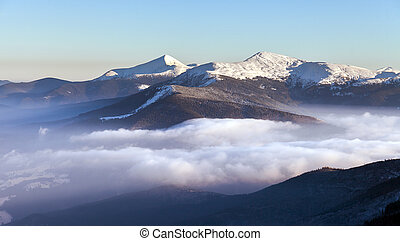 הרים., חורף, עלית שמש