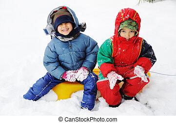 השלג, שמח, ילדים