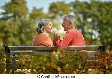 זוג שמח, ספסל, מזדקן, לשבת
