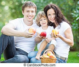 חנה, משפחה, שמח