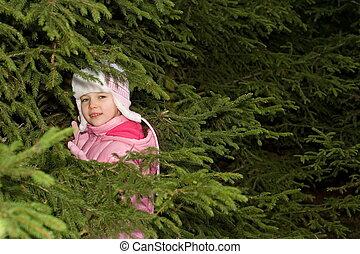 ילדה, יער