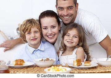 ילדים, בעל, ארוחת בוקר, עם, שלהם, הורים