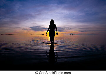יפה, ללכת, אישה, צללית, הבן, לא עמוק, ים, עלית שמש