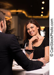 יפה, restaurant., רומנטי, מסעדה, לשלם, קשר, כל אחד, צעיר, לדבר, בזמן, אחר, זמן, תארך, לחייך