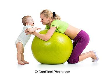 כדור, גימנאסטיך, תינוק, אמא, כיף, בעל