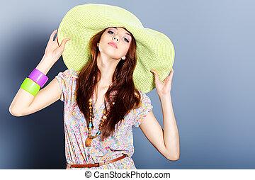 כובע, ירוק