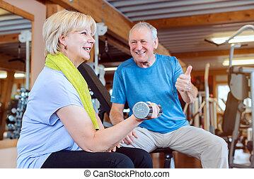 כושר גופני, להתאמן, דאמבאלס, בכור, אולם התעמלות, אישה