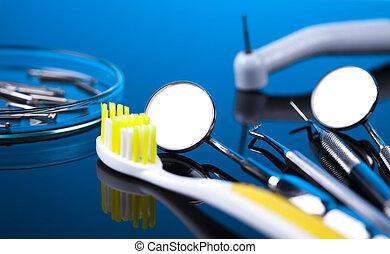 כלים של השיניים