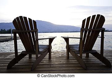 כסאות, שני