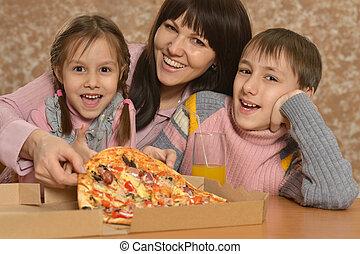 לאכול, משפחה, פיצה