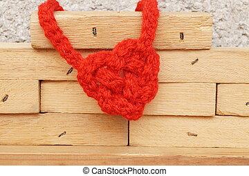 לב עיצב, קשר, ב, טקסטורה של עץ