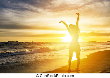 להריע, אישה, ידיים פתוחות, ב, שקיעה, חוף ים, החף