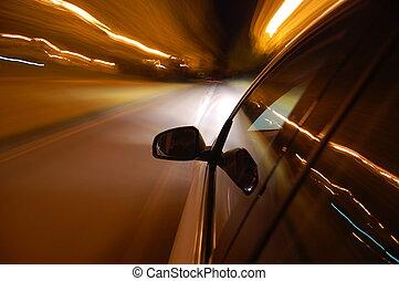 לילה, נהג, עם, מכונית, ב*מסמן