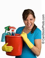 לנקות אישה