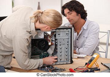 לתקן, מחשב