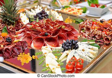 מבחר של גבינה, בשרים