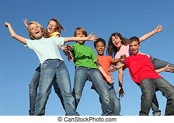 מועדון, ילדים של קיץ, שמחה, מחנה