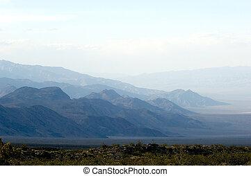 מיסטיקן, הרים