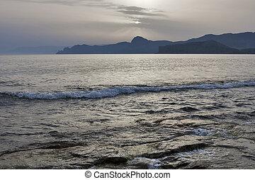 מיסטיקן, ערב, ים