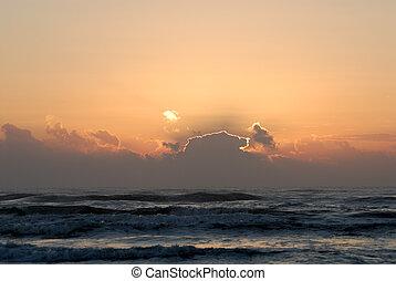 מעל, עלית שמש, אוקינוס
